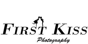 First Kiss Hochzeitsfotografen